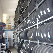 Profesionální regály na pneu