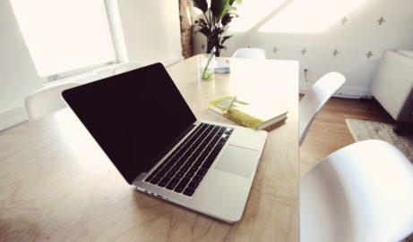 Kancelářské židle jsou více než jen pracovním doplňkem