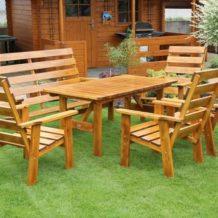 Chcete kvalitní zahradní nábytek? Potom vsaďte na masiv